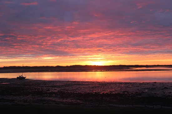 Rosegarth Guest House: Sunset. View from Rosegarth.