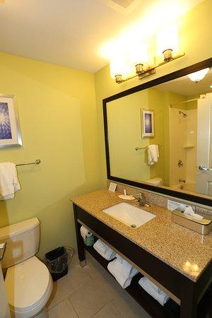 Altoona, PA: New Bathroom