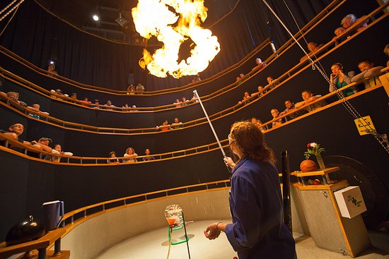 Sudbury, Canada: Science North makes science fun, entertaining and engaging. Be sure to stop by the Discovery The