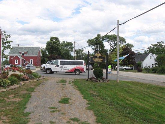 Wolfville, Kanada: Entrée du vignoble Gaspereau vineyards