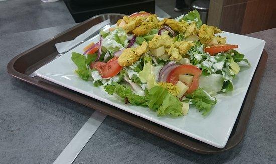 Clichy, Francia: Salade Indienne