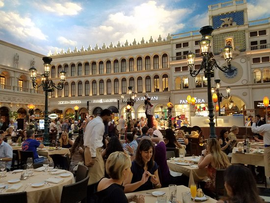 The Grand C Pes At Venetian Plaza In