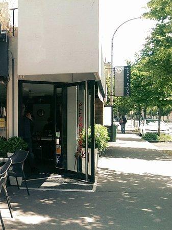 Terrasse des arts bordeaux restaurant reviews phone for Location bordeaux terrasse