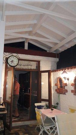 Villa Teos Konukevi