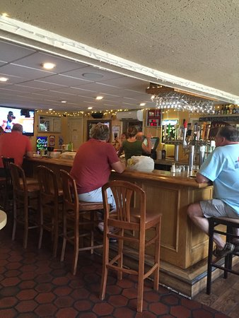 Titusville, NJ: Inside near the bar