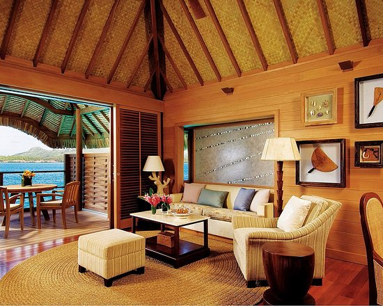 Four Seasons Resort Bora Bora: Overwater Bungalow Suite - living room