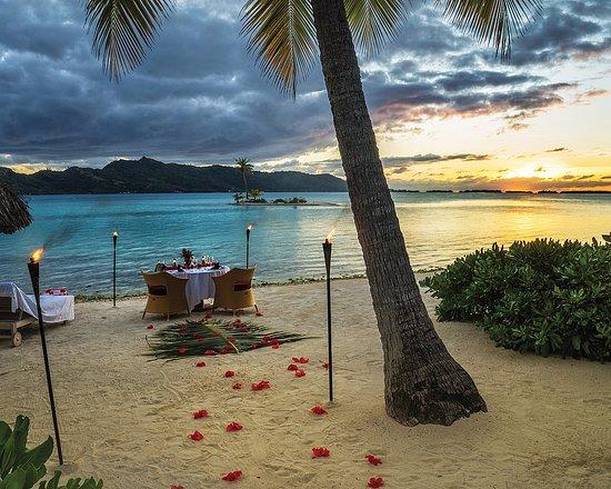 Four Seasons Resort Bora Bora: Romantic Dinner on the Beach