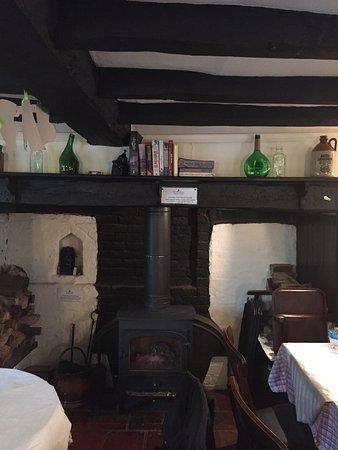 The Old Farmhouse Restaurant and Tea Rooms: photo0.jpg