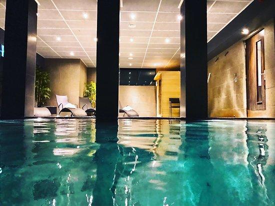 Hotel de Echoput: Hotel juste génial. Posé au milieu des bois dans un cadre apaisant et calme. Personnel très atte