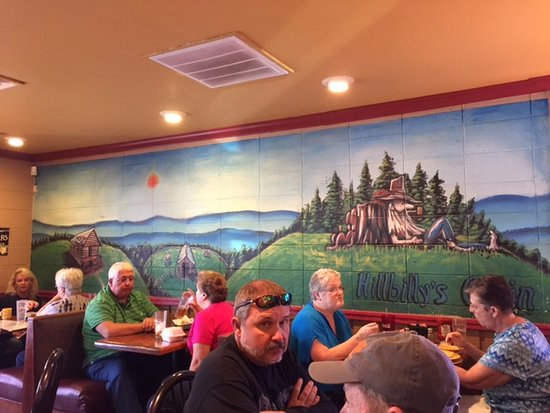 Hillbilly's Cabin Restaurant : Hillbilly murals