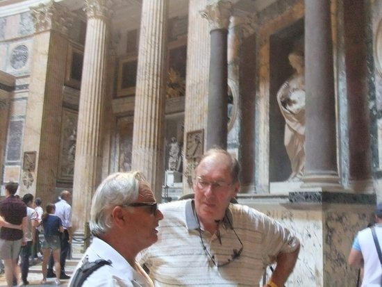 Rome with the Romans: No visit to Rome is complete without stopping by the Pantheon!