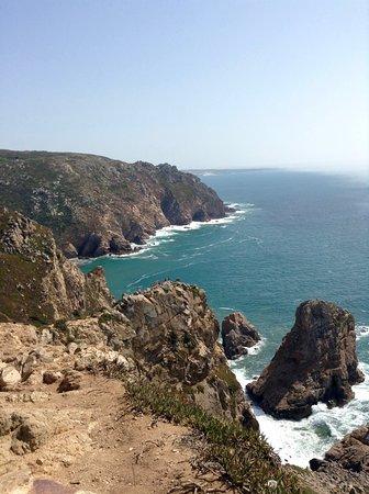 Colares, Portogallo: The view from Cabo da Roca (the fog nipping at the sun)
