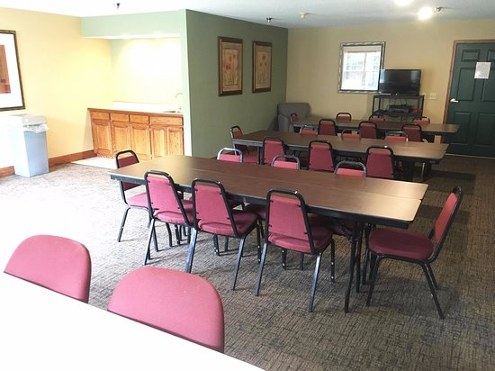 Country Inn River Falls : Meeting, Event, Conference Room Space
