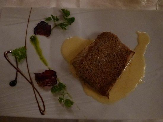 Tamnies, Frankrike: Filet d'esturgeon en croute de truffes