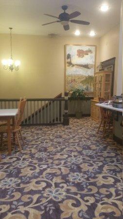 Heritage Inn: 20161025_081142_large.jpg
