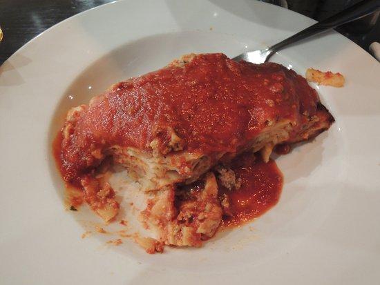 Fratelli's Kitchen & Pizzaria: Lasagna