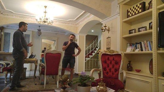 Muyan Suites: recepcion