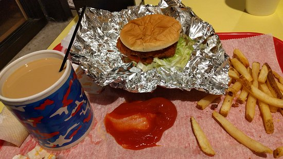 Mansfield, OH: classic Americana diet is quick and tasty for go fasters of take it easy passerbys