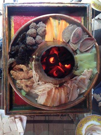 Lingtsang Boutique Hotel : 林仓有名的火焗