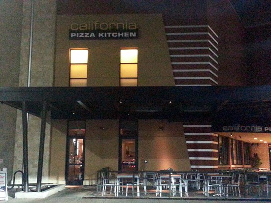 California Pizza Kitchen In Northbrook Court