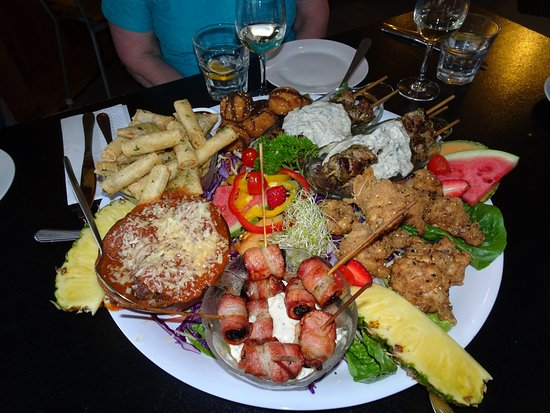 Hanmer Springs, Nieuw-Zeeland: A Platter for 5 adults, there was more than enough for all.