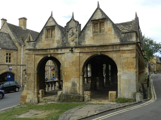Chipping Campden, UK : Market Hall from the northeast