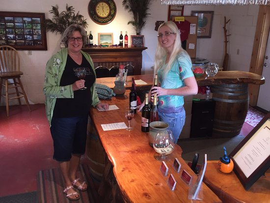 Chino Valley, AZ: My wife and the gal who served us our wine tasting today at Granite Creek Vineyards