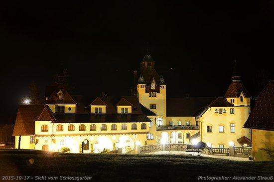 Sankt Gallen, Austria: Abendansicht vom Schlosspark
