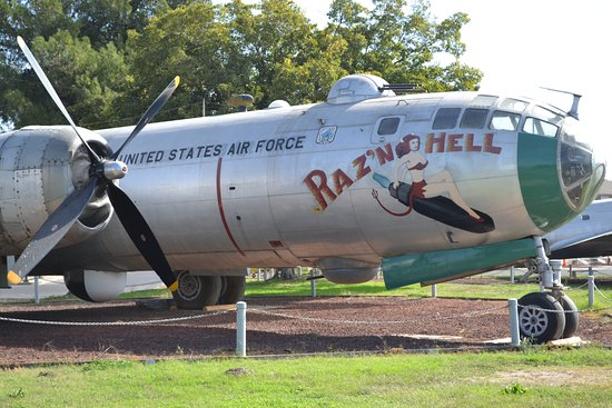 Atwater, CA: Castle Air Museum