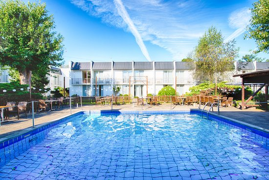 The best golzheim dusseldorf hotels with a pool of 2019 for Dusseldorf hotel mit pool