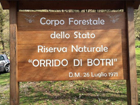 Montefegatesi, Italy: indicazione