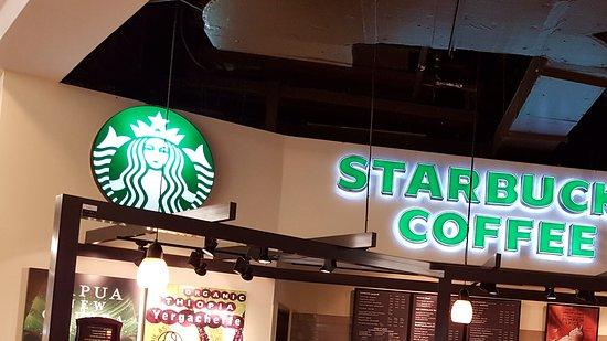 Starbucks Coffee Shop: View of restaurant