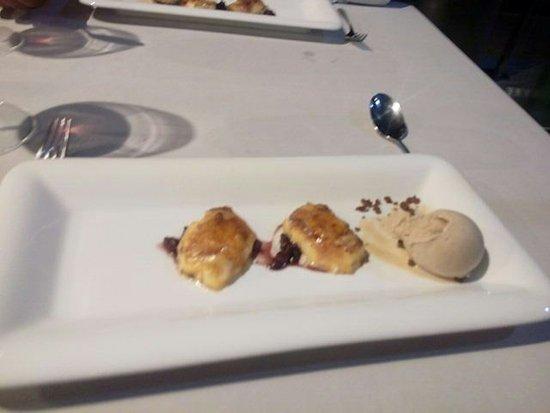 Province de Valence, Espagne : Torrijas con helado de café con leche