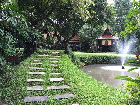 วังสวนผักกาด: photo5.jpg