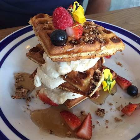 Tiramisu Waffles Recipe — Dishmaps