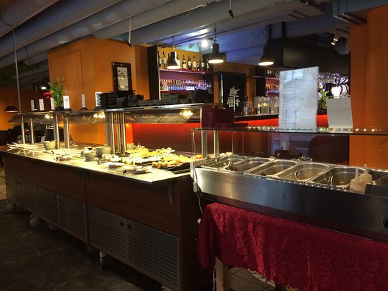 Ravintola Basilika: Good buffet selection