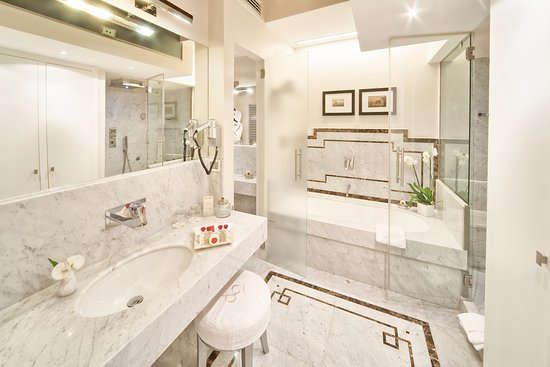 luxury apartments bathrooms. Trevi Palace Luxury Apartments  121 1 5 8 UPDATED 2017 Prices Hotel Reviews Rome Italy TripAdvisor