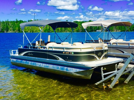 Bellaire, MI: One of our New 24 ft Avalon Boats