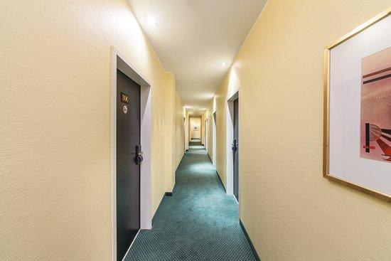 Flure Picture Of Hotel Mirage Neuss Neuss Tripadvisor