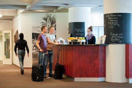 Amsterdam Tropen Hotel : Reception
