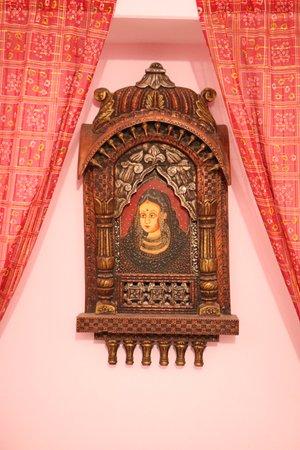 Hotel Mirage: Maharaja Room - Deluxe Room