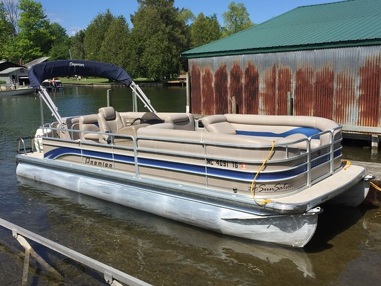 Bellaire, MI: 24 ft Premier Pontoon Boat