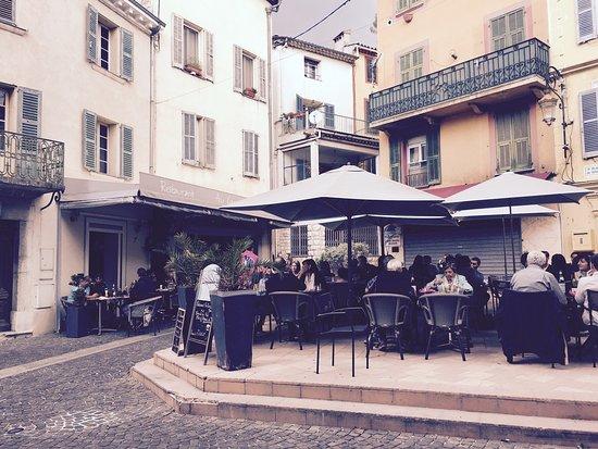 Au Garcon Boucher : La terrasse