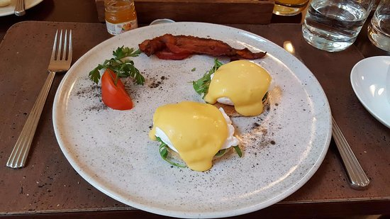 Hotel Rialto: Eggs Benedict