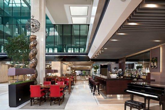 Lobby Cafe Picture Of Melia Castilla Madrid Tripadvisor