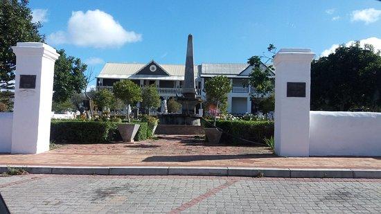 Bredasdorp Square