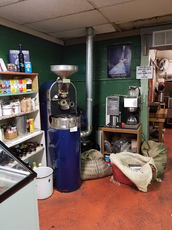 Green River Coffee Company: The roasting area