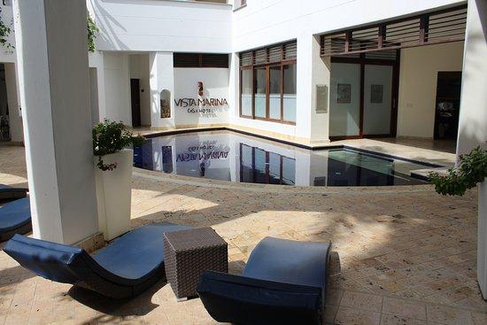 Vistamarina Casa Hotel