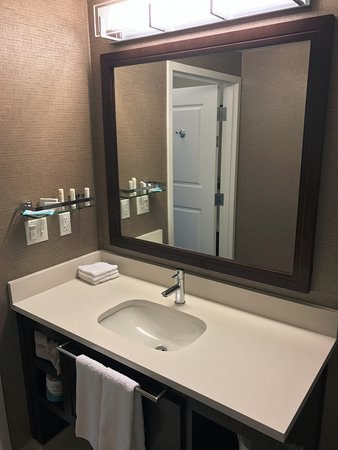 Residence Inn Palo Alto Mountain View: King Executive Suite Bathroom