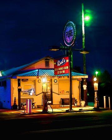 Millsboro, DE: Rust Sandwich Station